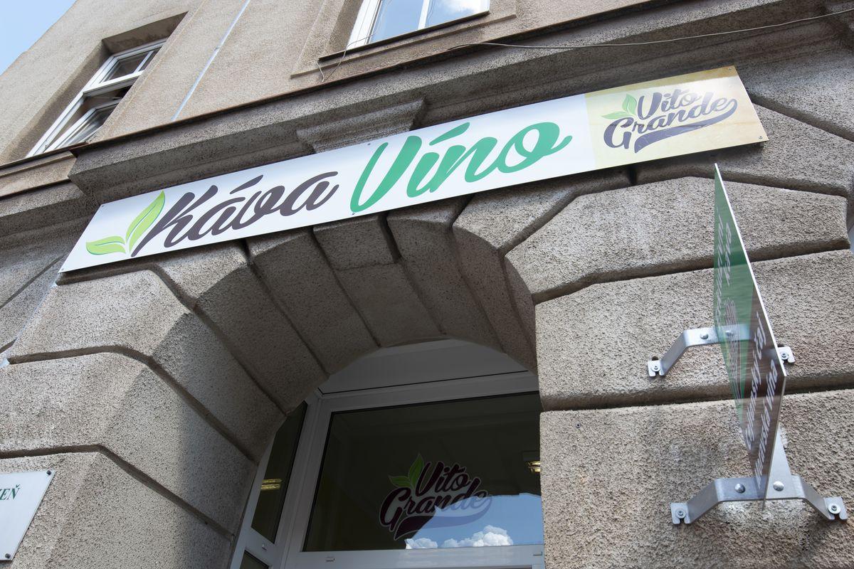 Prodejna zrnkové kávy Arabica a Robusta Vito Grande Plzeň