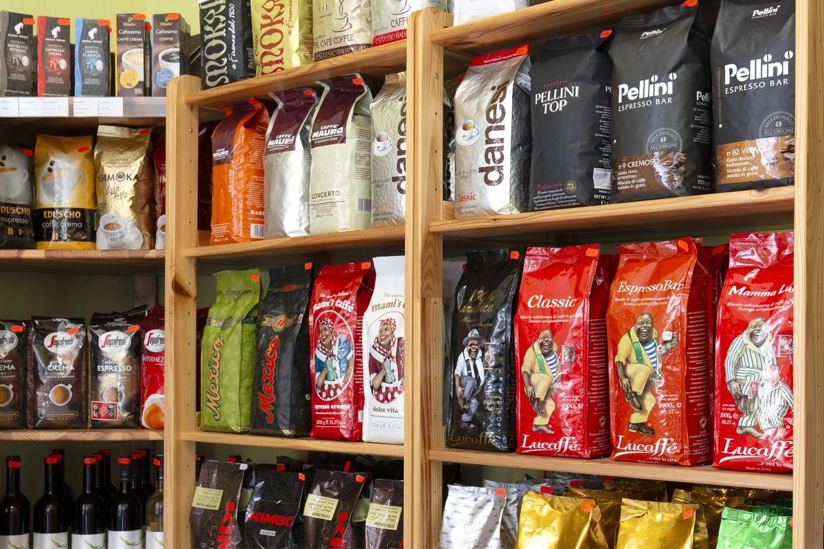 Zrnková kávy Arabica a Robusta - prodejna kávy Vito Grande Plzeň